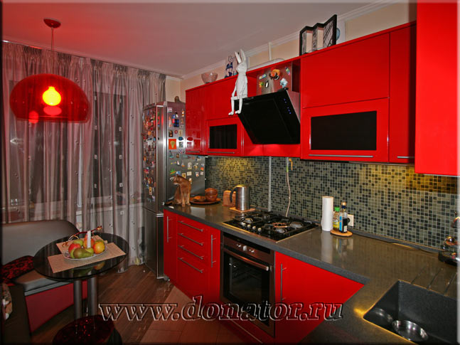 Кухни красного цвета - фото и дизайн кухонных новинок
